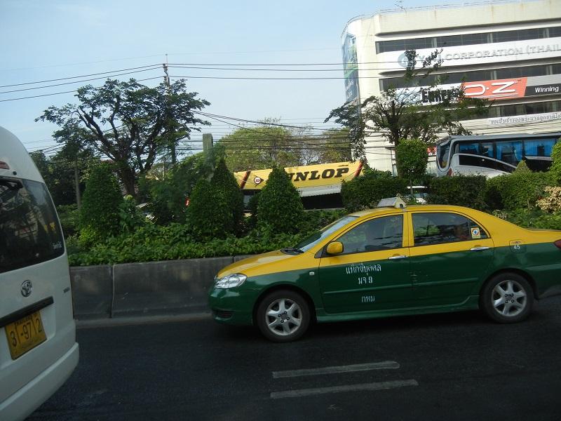 タクシー1台